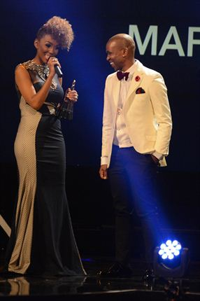 By now you know that the Samas 2014 belonged to Mafikizolo last night. The Afro-pop duo walked away with 7 awards after scoring multiple nominations for their hit album 'Reunited'.